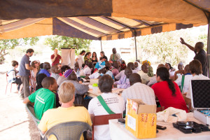 Food providers meet in Mali to write the declaration on the international forum for agroecology.